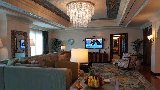 the-living-room-presidential-1.jpg