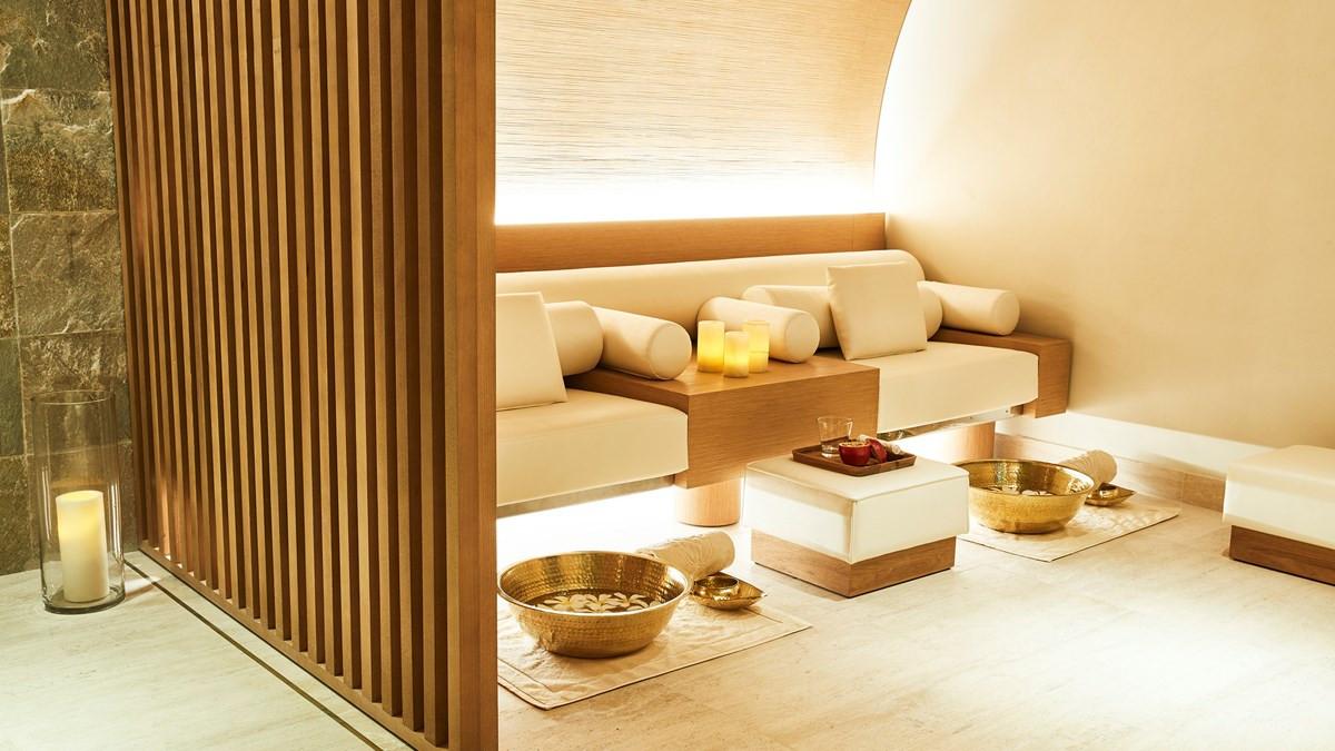 Emerald Palace Kempinski Dubai29.jpg