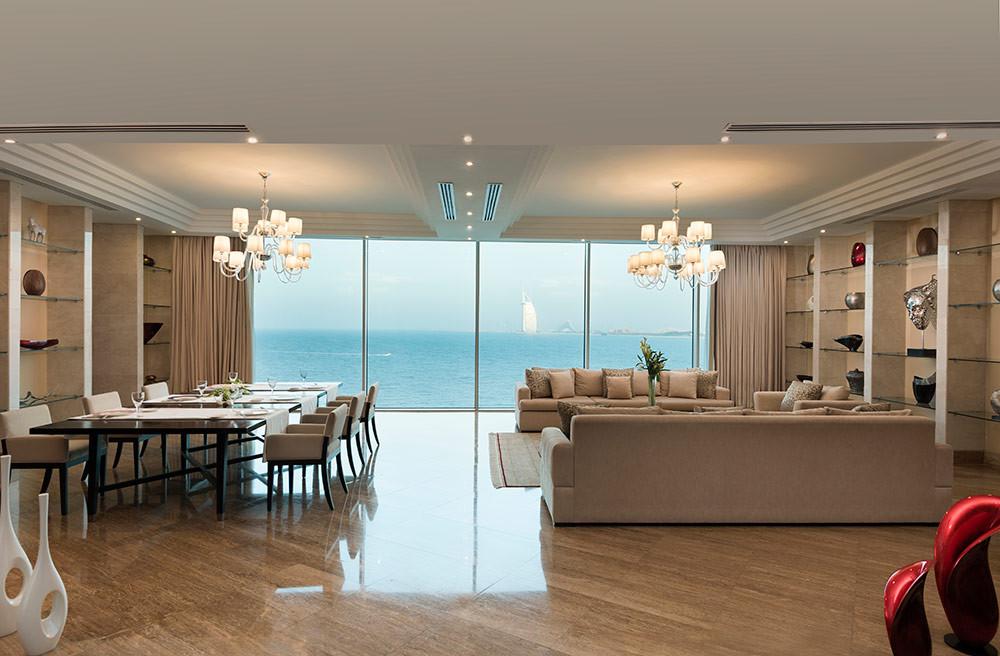 grand-king-suite-1.jpg