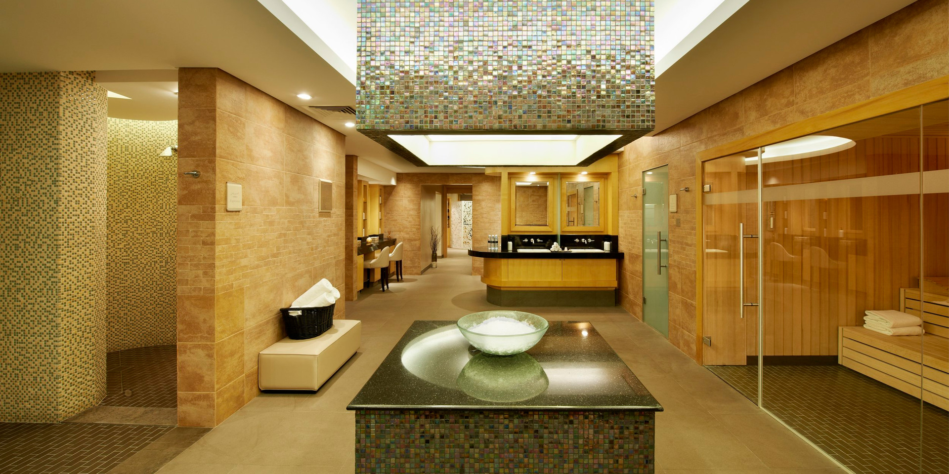 willow-stream-spa-fairmont-the-palm-wet-