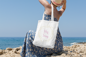stay sassy tote bag.png