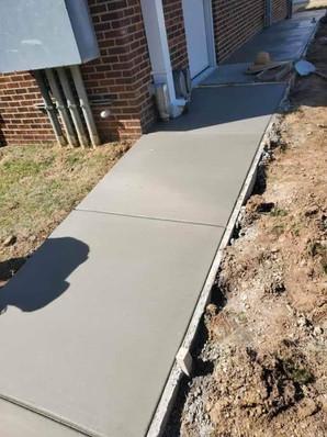 Concrete Sidewalk PAving Oklahoma City.j