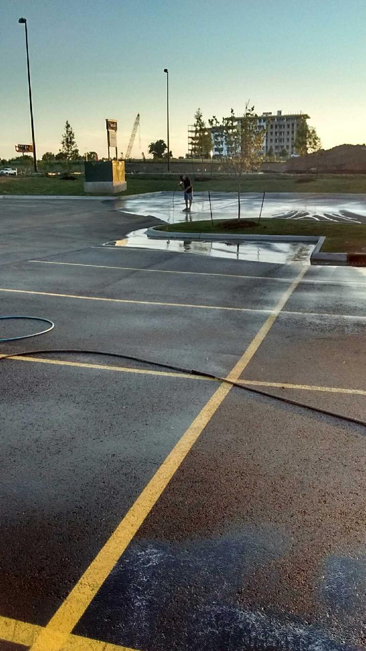 Pressure Washing Broken Arrow.jpg