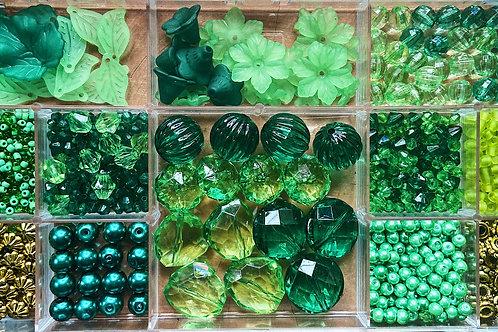 Flower Power Green Field Bead Kit