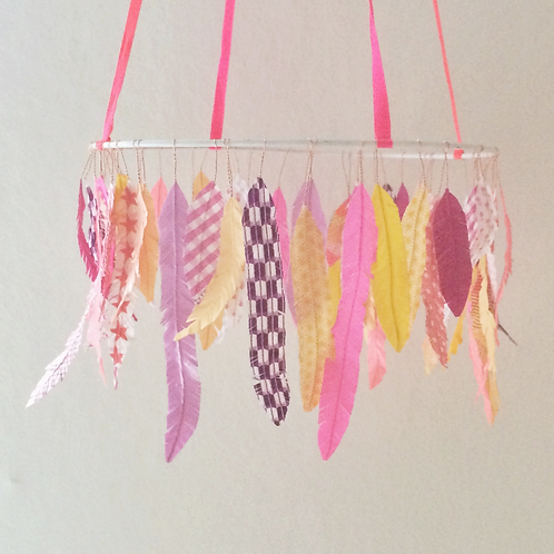 feather mobile - NEON PINKS