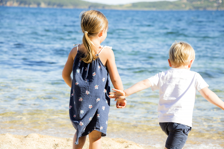 photographe-famille-rire-enfant-portovec