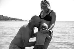 phographe-grossesse-plage-couple-famille-portovecchio-2018-elsarouanet