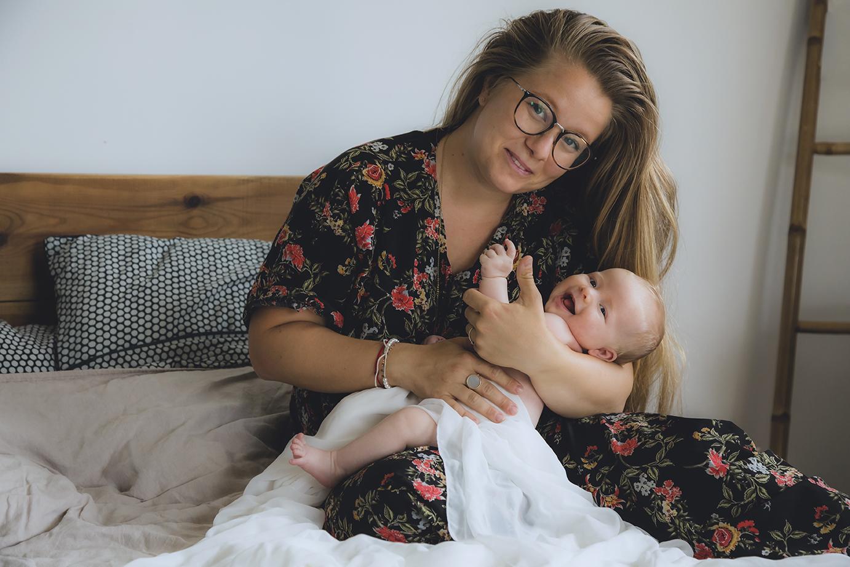 photographe-naissance-nouveaune-grossess