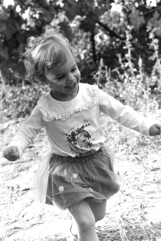 photographe-portrait-petitefille-portovecchio-elsarouanet