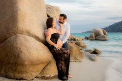 photographe-grossesse-couple-plage-porto