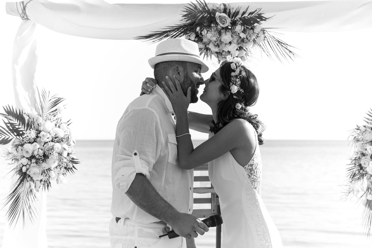 photographe-mariage-cargese-amour-elsaro