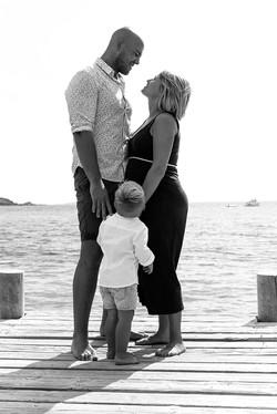 phographe-grossesse-plage-corse-famille-elsarouanet