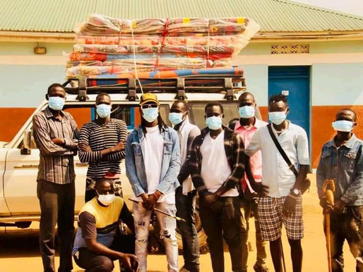 Magwi Artists' Association make hospital donations