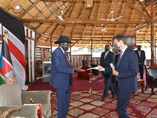New British ambassador presents credentials to President Kiir