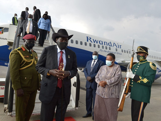President Kiir arrives in South Africa ahead of talks