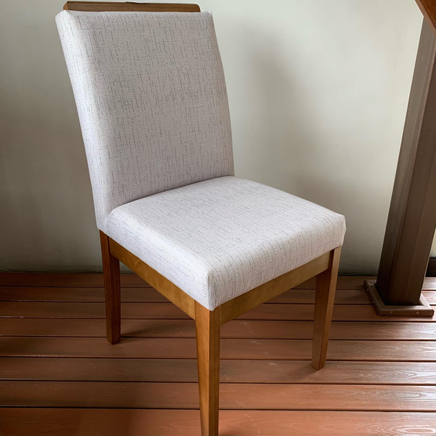 Cadeira Estofada Aurea