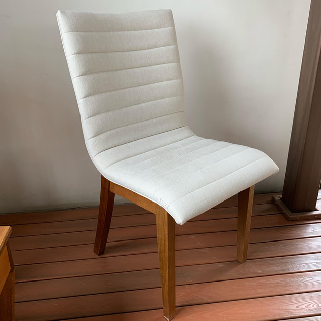 Cadeira Estofada Verona