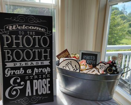 Photo Booth Sign & Props