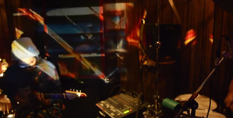 bonobo2013.4.9 :YOSHITAKE EXPE :マルセロ VJ: GIN[dzin]