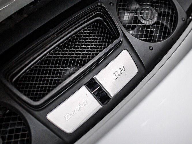 911turbo2016branca5mkm-blind.5.jpg