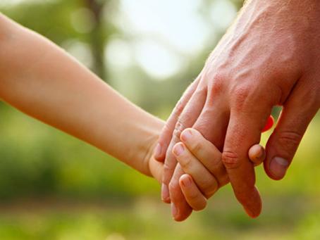 Военнослужащий взял на воспитание шестерых детей из детдома