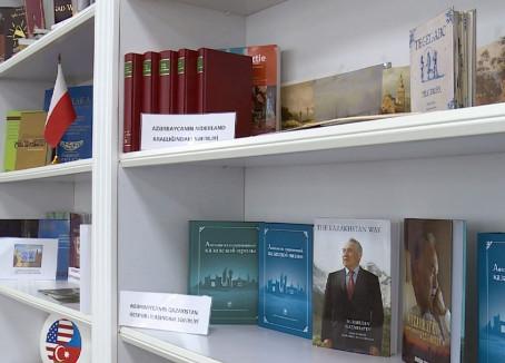 Әзербайжан кітапханасы қазақ ақын-жазушыларының еңбегімен толықты
