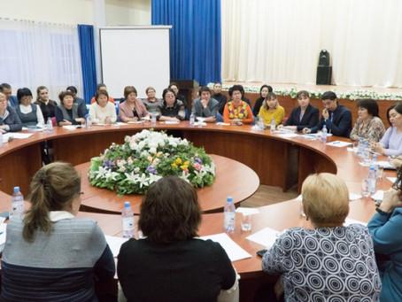 Столичные учителя обсудили новый закон о статусе педагога