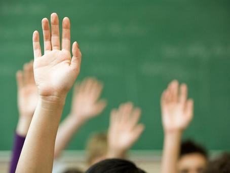 Нельзя заставлять детей ходить в летнюю школу - глава Минобразования