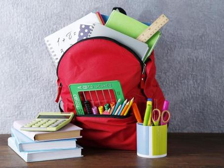 «Дорога в школу»: более чем 200 детям подарят портфели в канцтовары в столице