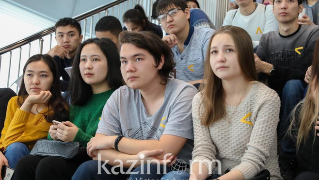 Прием документов в казахстанские колледжи стартует 25 июня