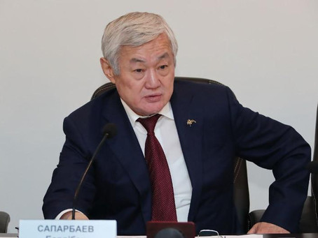 Учебные заведения не должны пополнять армию безработных – Бердибек Сапарбаев