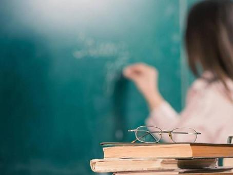 Причины увеличения госзаказа на подготовку учителей русского языка назвали в Минобразования