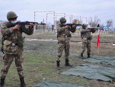 Онлайн сдают экзамены воспитанники военно-технической школы в Семее
