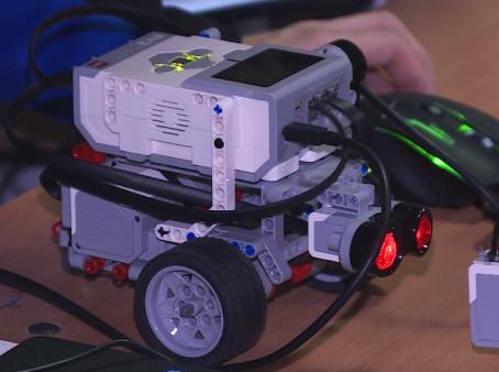 Нұр-Сұлтанда роботты техникадан жарыс өтті