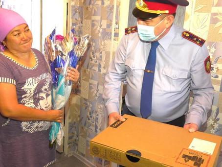 Полицейские поддержали акцию «Дорога в школу» в ВКО