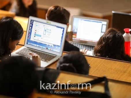 Переход к формату очного обучения в РК могут пересмотреть на законодательном уровне