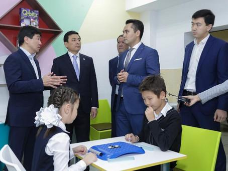 Партия «Nur Otan» усилит работу по поддержке учителей