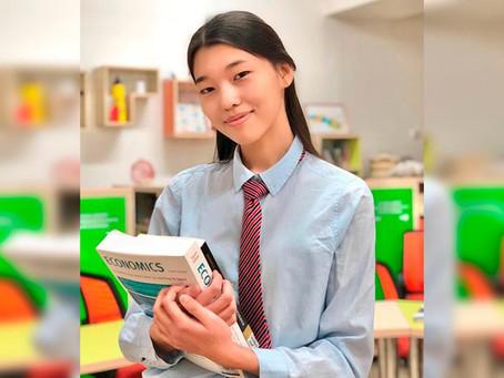 Выпускница НИШ Караганды получила гранты в престижные вузы Азии