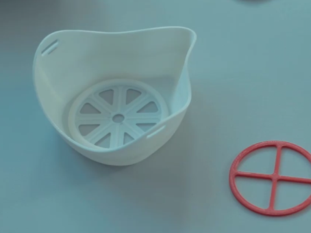Маски на 3D-принтере начали печатать в Семее