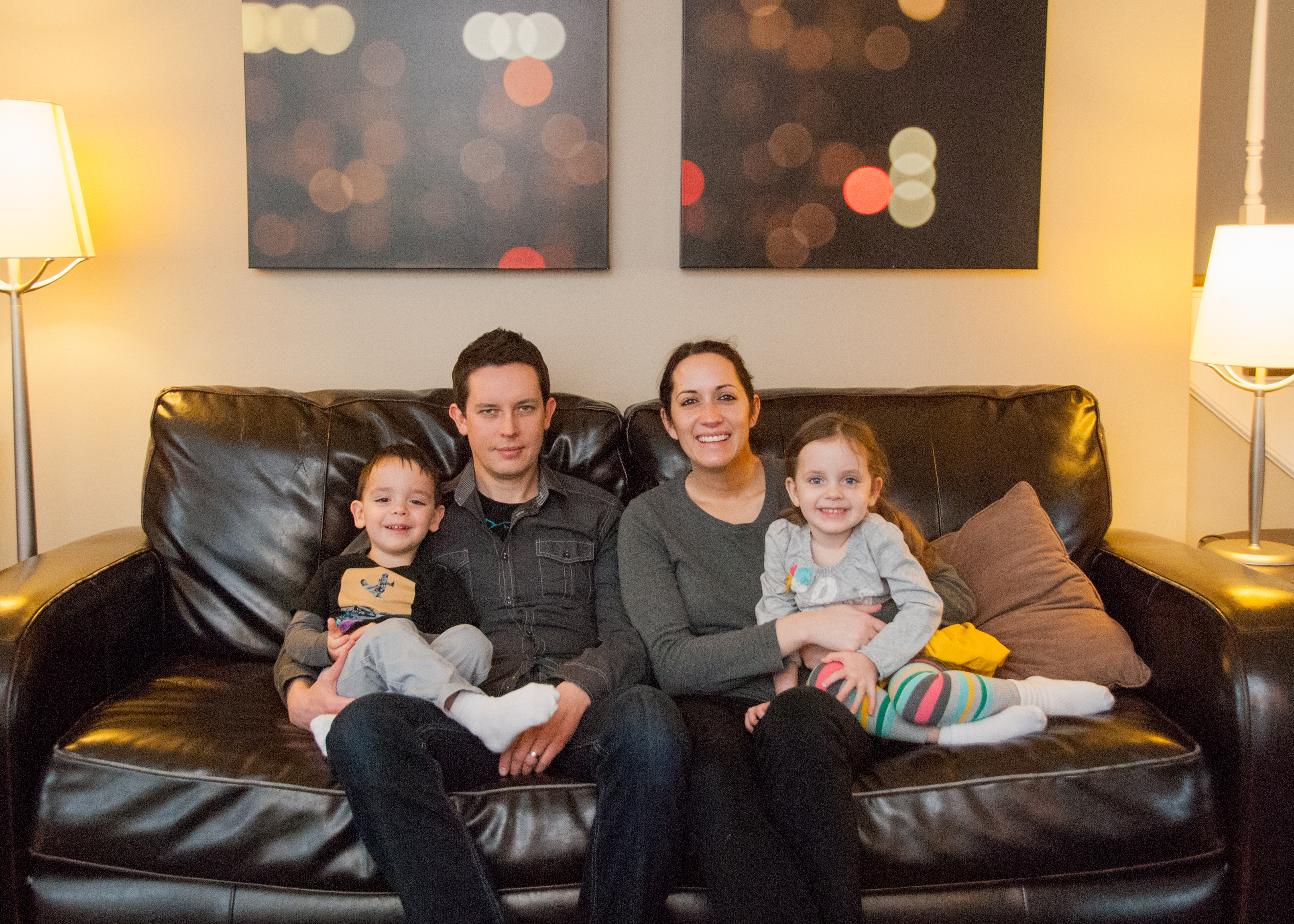 family of 4 in home portrait