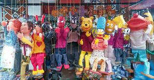 títeres (puppets) in a market in puebla city, puebla, méxico, 2017.