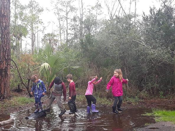 Forest School, all outdoors homeschool enrichment Jacksonville Florida