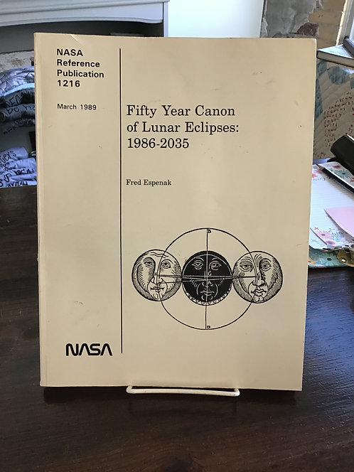 Fifty Year Canon of Lunar Eclipses:  1986-2035 by Fred Espenak
