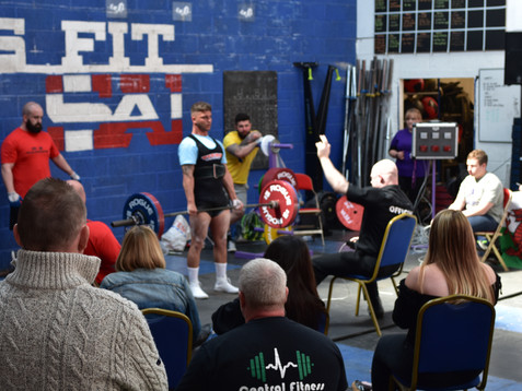 Sports Massage to help Weightlifters achieve their personal bests
