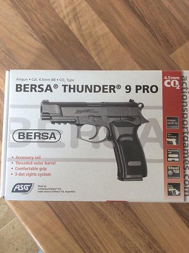 Bersa Thunder 9 pro Air pistol co2 BB