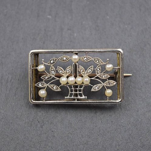Edwardian, 15ct gold and pearl, flower basket brooch.