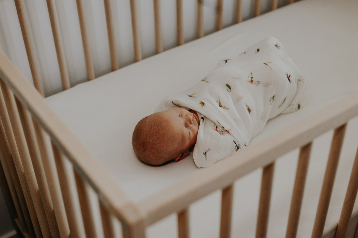 Lifestyle Newborn Session, Calgary