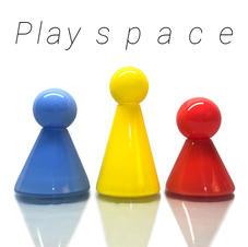 Play s p a c e