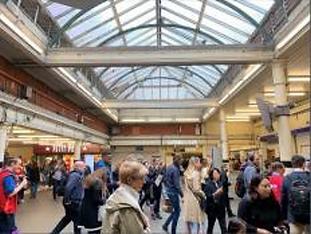 London_Underground_–_South_Kensington_