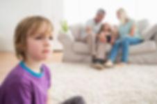 ревность детей, особенный ребенок и семья, семейные проблемы, влияние на родственников больного ребенка, семейные исследования, помощь родителям